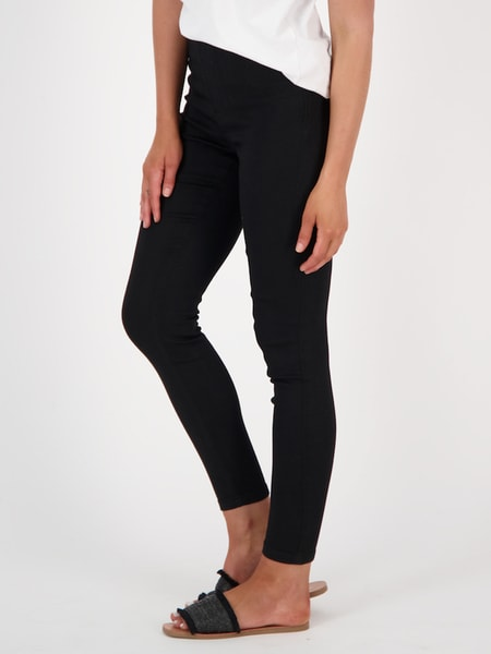 Womens High Rise Soft Touch Skinny Jean